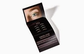 Delineador Eyeliner adesivo em cetim da Dior  - Tendência  primavera 2015