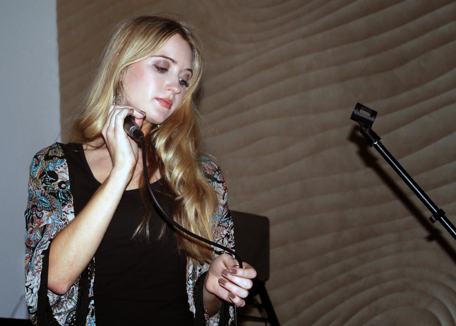 kit williams performs at inspo magazine launch party liverpool