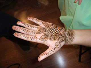 Latest Mehndi Design For Teen Age Girls