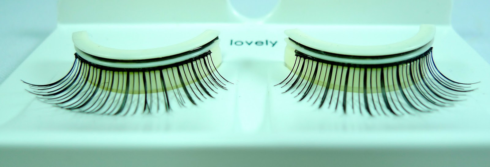 Review Seowoo 3s Pre Glued Lashes The Beauty Junkee