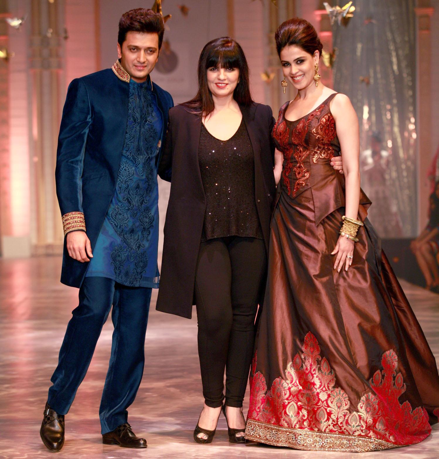 Fashion Elixirr: India's Top Fashion Designers