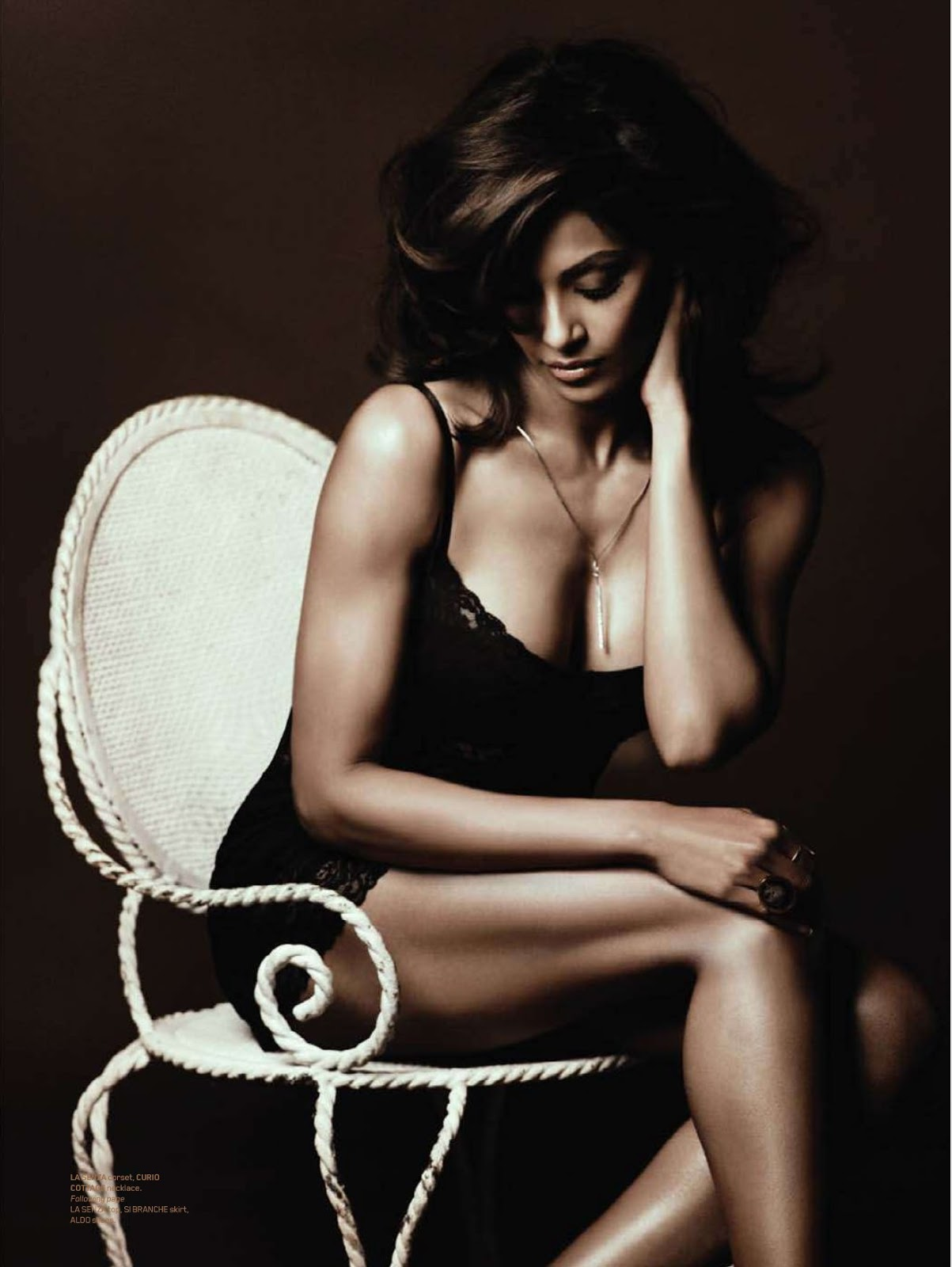 maxim india (january 2011) bipasha basu photoshoot