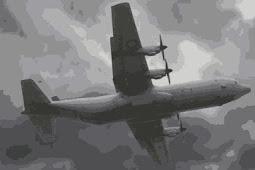 Pesawat hercules jatuh, ada 12 kru dan 100 penumpang