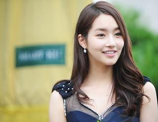 Miss Korea Kim Yumi  Plastic Surgery