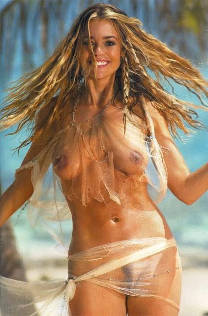 Denise Richards Nude F
