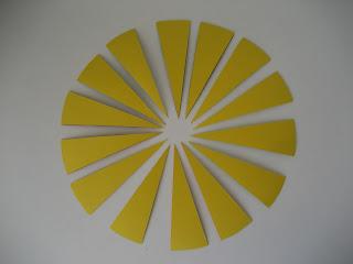 Diposición en círculo de las cartas de juego de memoria