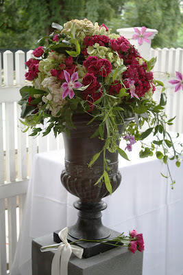Highlands Country Club Card Ceremony Arrangement - Splendid Stems Event Florals