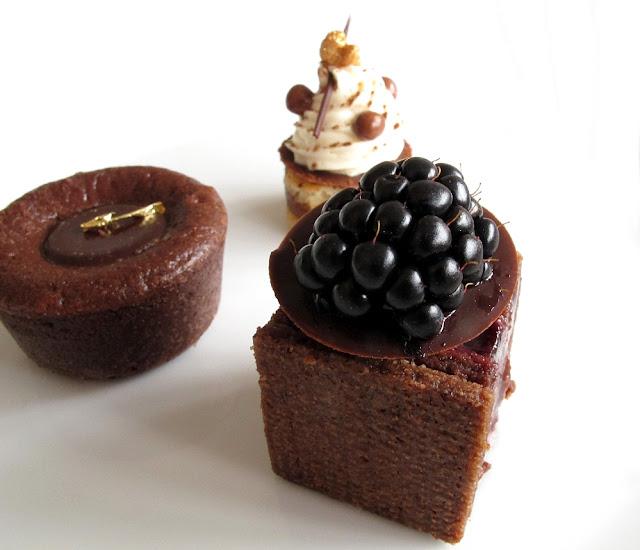Un Dimanche à Paris - mini-pâtisseries