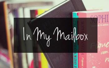 http://palabras-susurradas-literatura.blogspot.com.es/2014/09/in-my-mailbox.html