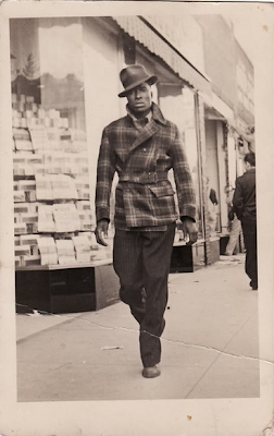 That's one snappy man! #vintage #mens #fashion #style #plaid