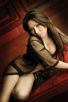 Foto Nessie Yumiko di Majalah Popular