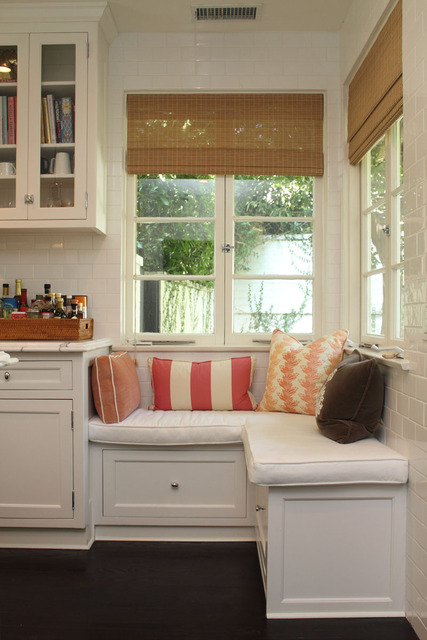 Asian Style Window Treatments http://pbcstyle.blogspot.com/2011/10/gorgeous-window-treatment-ideas.html