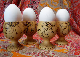 Woodburn Egg Holders