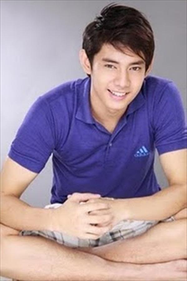 Pitong pinoy blogspot celebrity