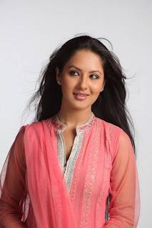cute Pooja Bose actress latest photos