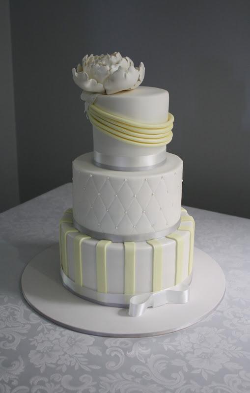 Sandy\'s Cakes: Lemon & Grey for Chloe\'s Wedding Cake