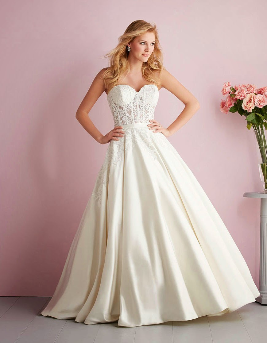 Modern White Rose Wedding Dresses for Older Brides No Sleeves Photos HD