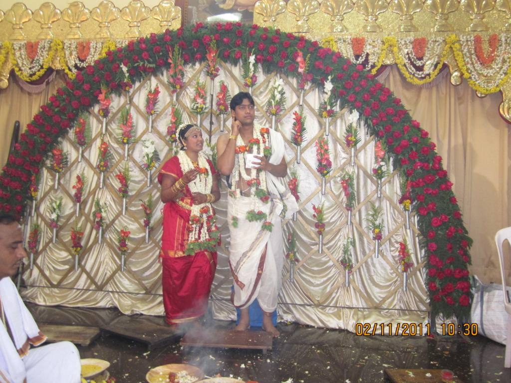 Velukkudi Krishnan Son Marriage http://rajappa-musings.blogspot.com/2011/11/marriage-at-mysore-2-nov-2011.html