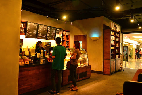 Starbucks Coffee Bandara A Yani