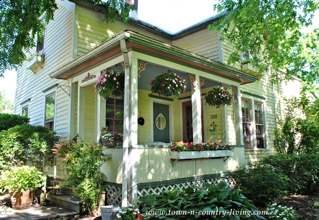 On The Back Porch With Jennifer Of Town And Country Living Cedar Hill Farmh