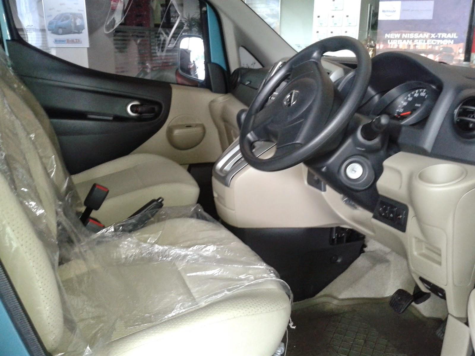 Interior Nissan Evalia