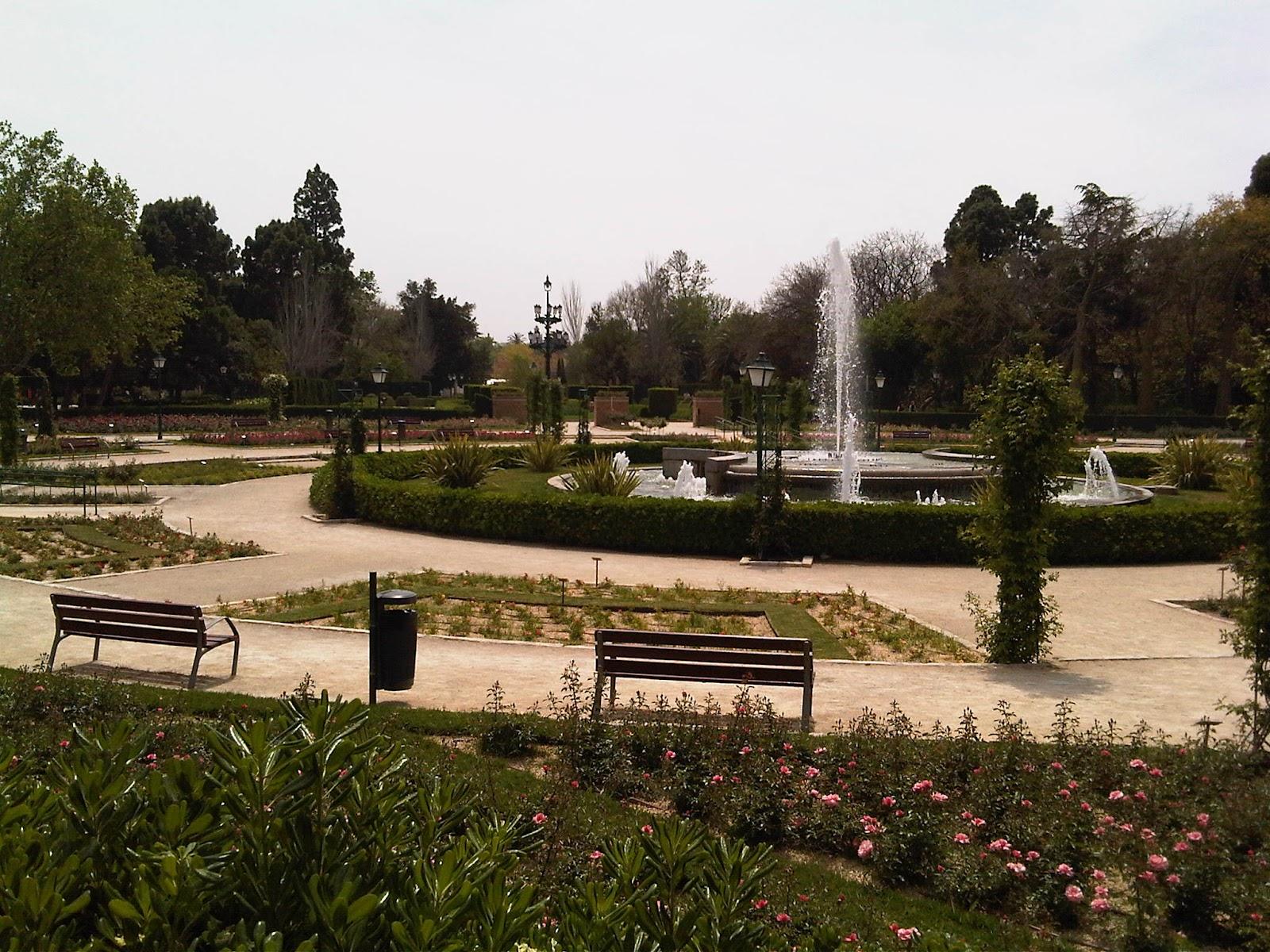 Un paseo por los jardines del real valencia peque o for Jardines del real valencia