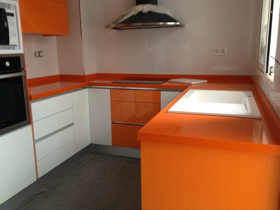 Formas almacen de cocinas dale el puntito de color a tu for Colores de granito para cocinas blancas
