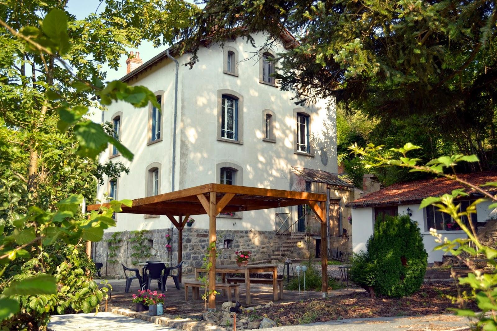 Chambres et table d'hôtes les garachons - Sauret-Besserve