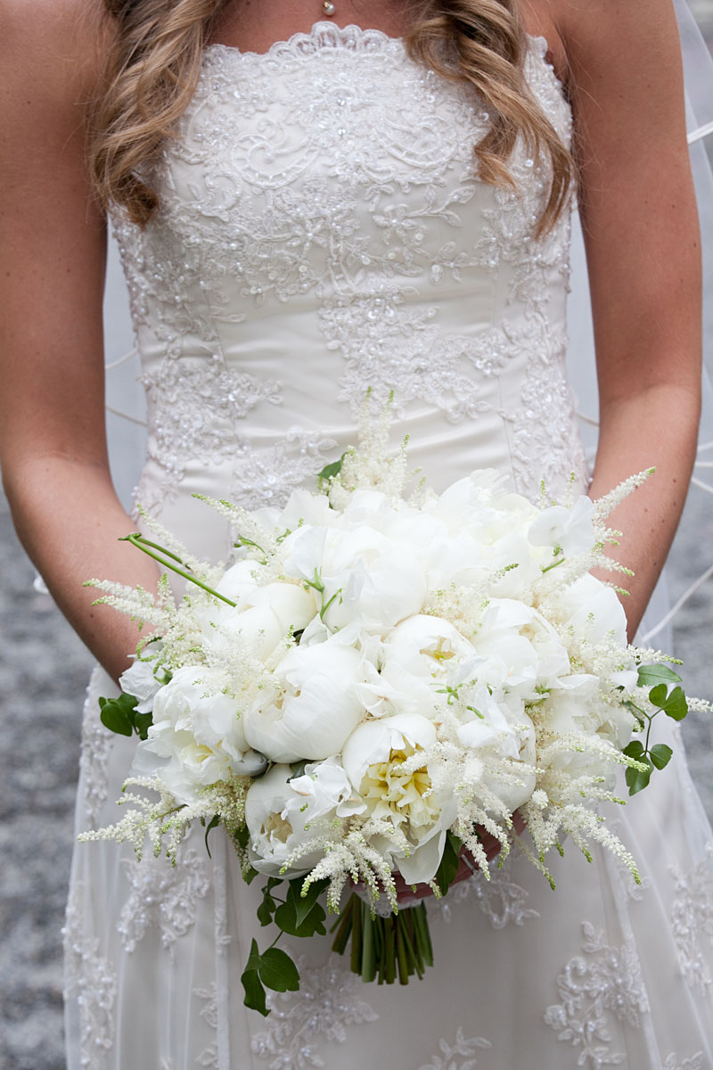 White Peony & Garden Rose Bouquet - Lush bouquet of white peonies, white sweet peas, ivory garden roses, fluffy white astilbe, and clematis vines, White Peony & Garden Rose Wedding Bouquet - Lush bouquet of white peonies, white sweet peas, ivory garden roses, fluffy white astilbe, and clematis vines, Rose Bridal Bouquet, Rose Bouqet, Wedding Bouquet - Splendid Stems Wedding Flowers - Wedding Florist