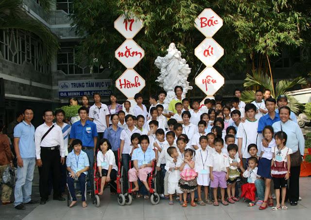 Hội từ thiện Vietnam