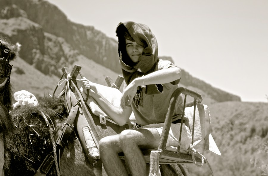 BLOG MODE HOMME PREPPY DANDY CONSEIL STYLE PARIS ELEGANCE TENDANCE JEUNE canaries camel safari