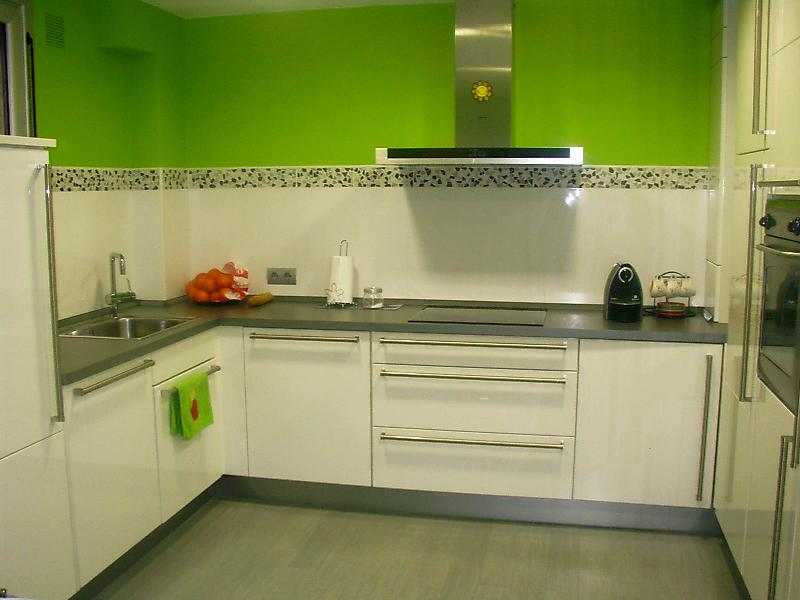 Cocinas Con Paredes Pintadas. Trendy Pintar Paredes Color Blanco ...