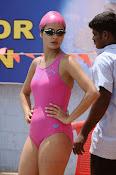 Surveen Chawla Hot Photos-thumbnail-9