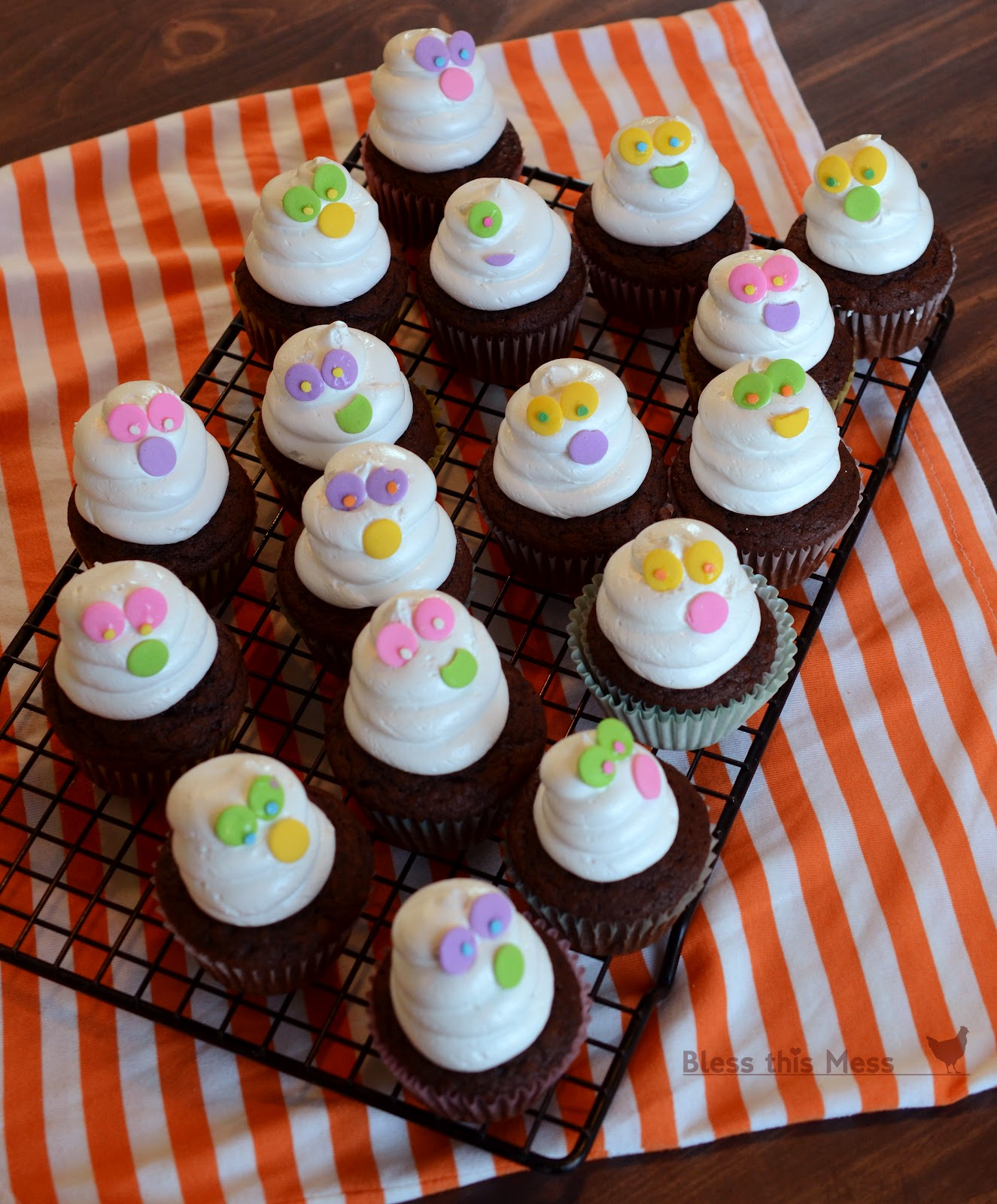 Ghostly Cupcakes - Bless This Mess