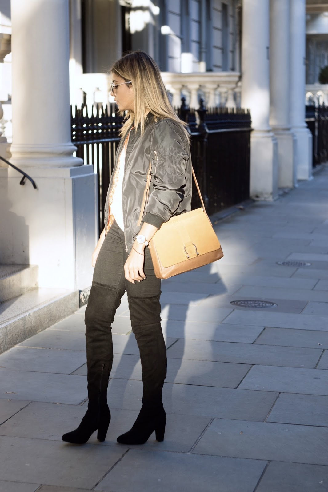 Liv in Fashion | Over the knee boots and bomber jacket