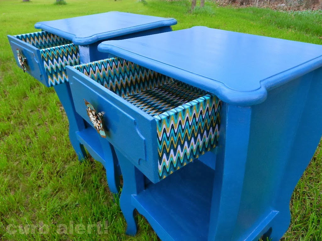 Tuesday Blues {Blue Painted End Tables)