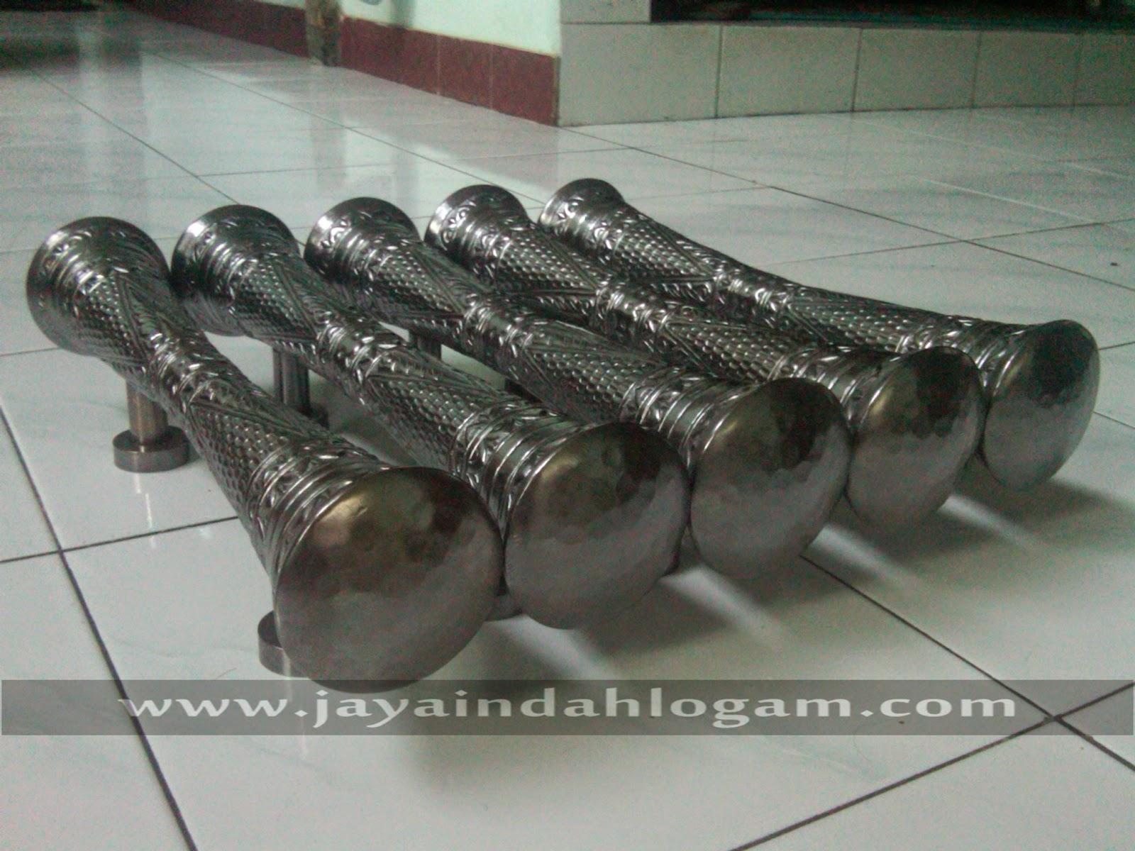 http://www.jayaindahlogam.com/2014/08/kerajinan-handle-pintu-dari-tembaga.html