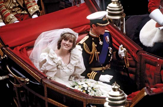 Royal Wedding Pictures: Prince Charles and Princess Diana in carriage