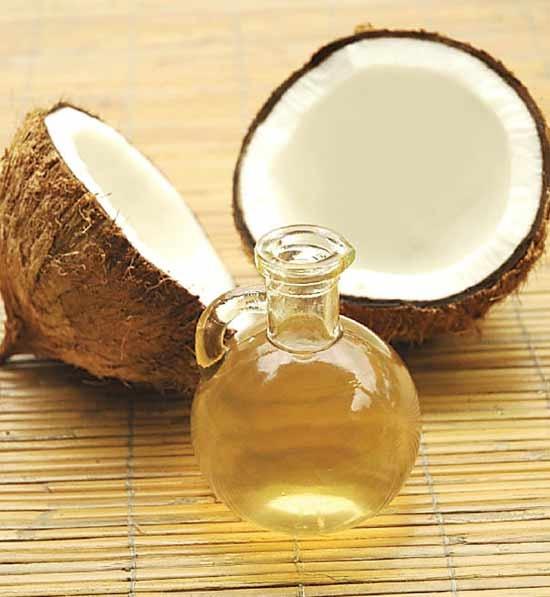 olio di cocco, impacchi con olio di cocco, olio di cocco per la cura dei capelli