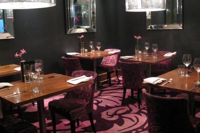 Comedor en el Restaurante Tigerlily en Edimburgo Edinburgh