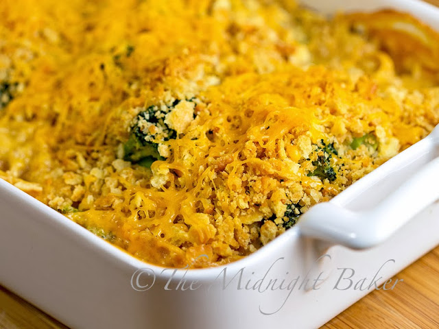Cracker Barrel Cheesy Chicken and Broccoli #copycatrecipes #crackerbarrel #chicken