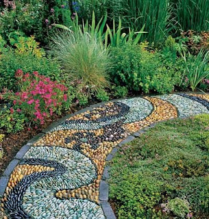 jardim decorativo com plantas