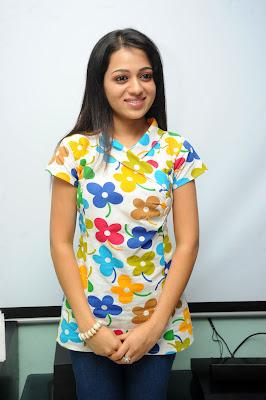 reshma at ee rojullo movie pressmeet unseen pics