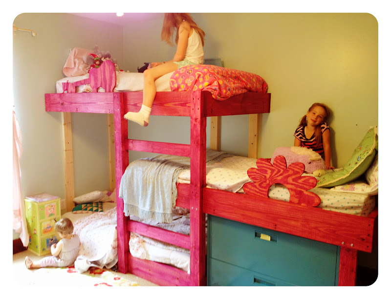 The Handmade Dress New triple bunks