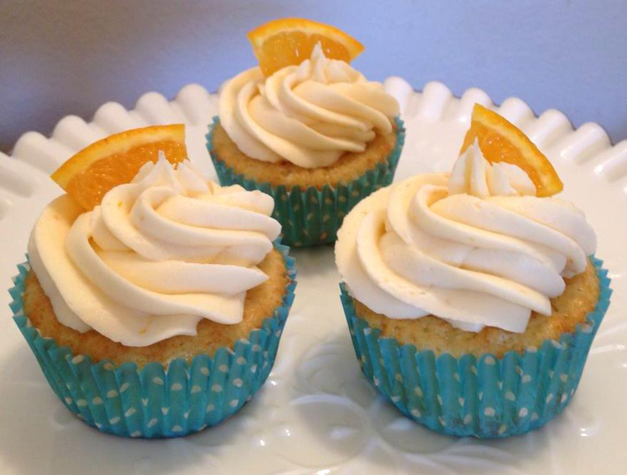 Cupcake Boom: Orange Cupcakes + Blog Anniversary