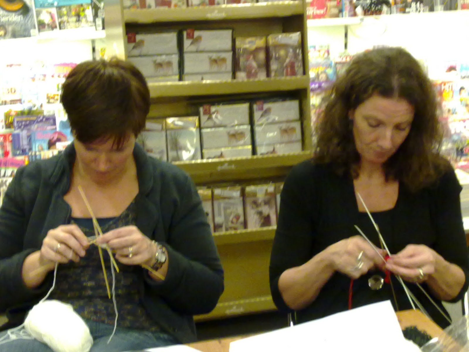 Breien en beppen workshop kerstballen breien - Workshop zou ...
