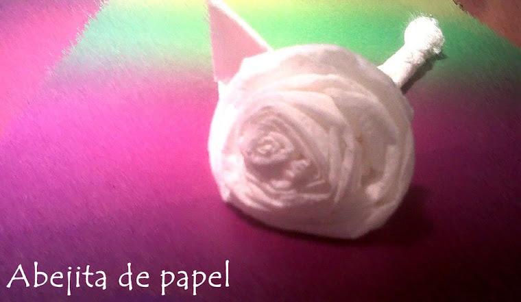 abejita de papel