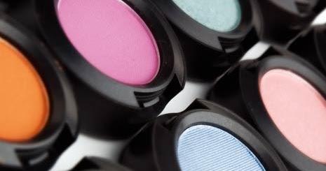 Image result for Periksa, Kapan Harus Membuang Kosmetik Anda