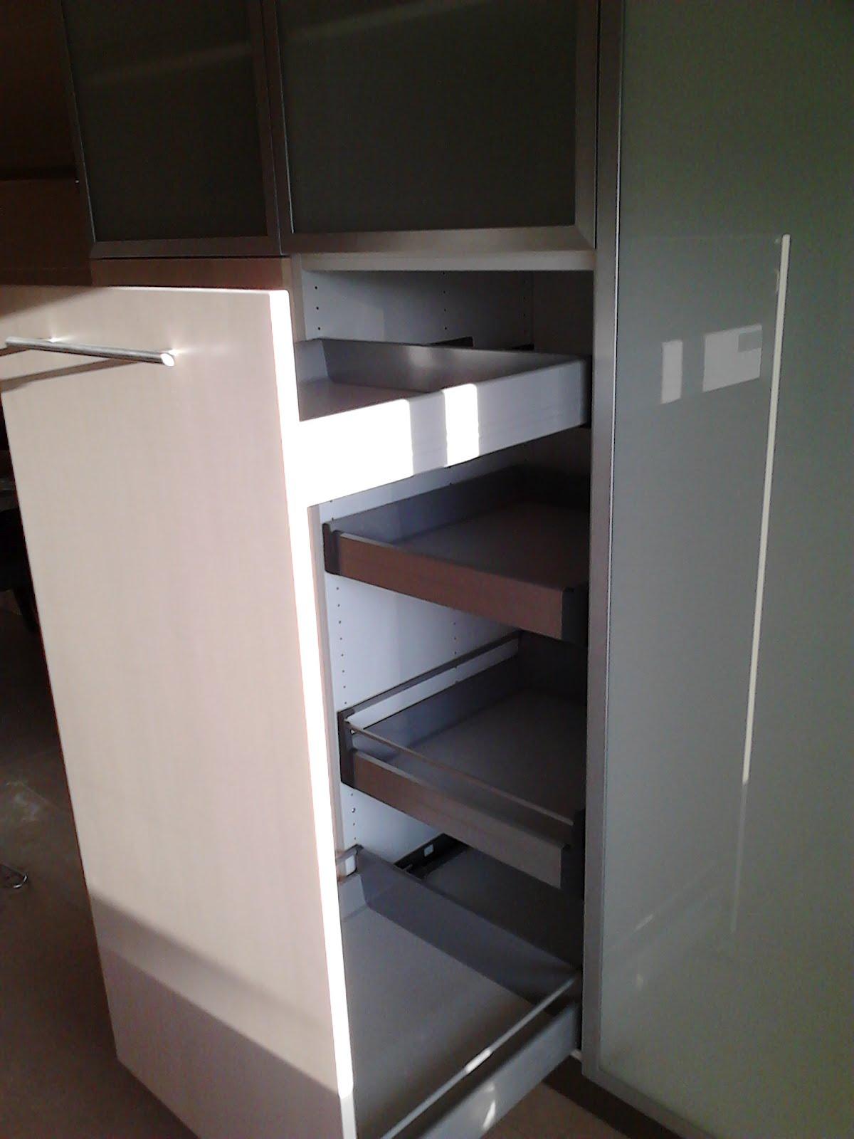 Construção Civil Unipessoal Lda: Montagem móveis cozinha Ikea #755E56 1200 1600