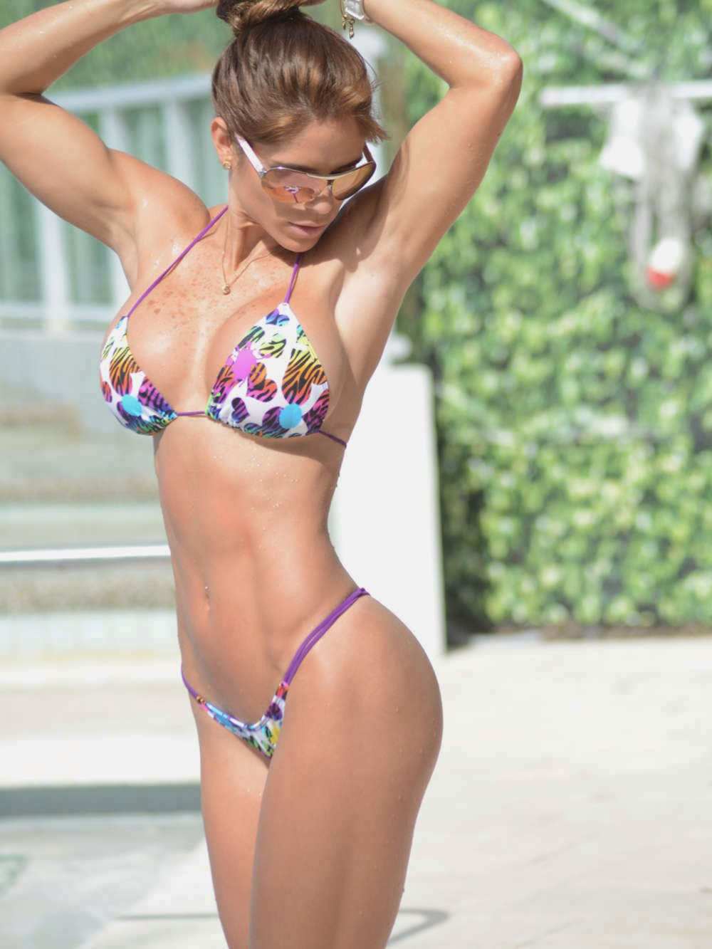 Booty fitness model Michelle Levin sexy bikini in Miami photo 4